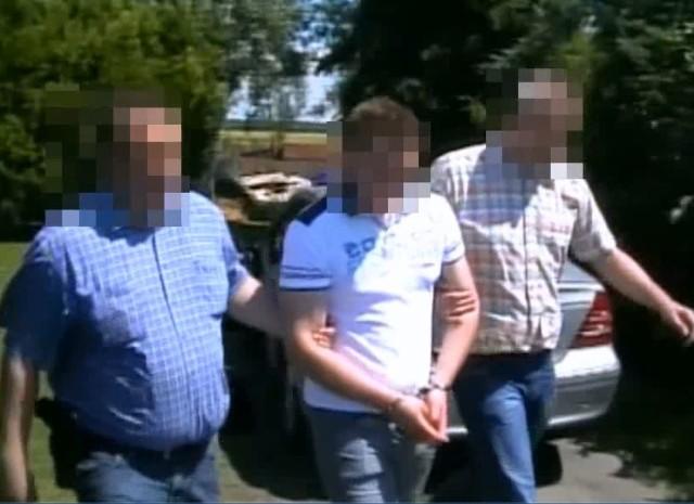 Strażnicy miejscy udawali policjantów. I wymuszali łapówki