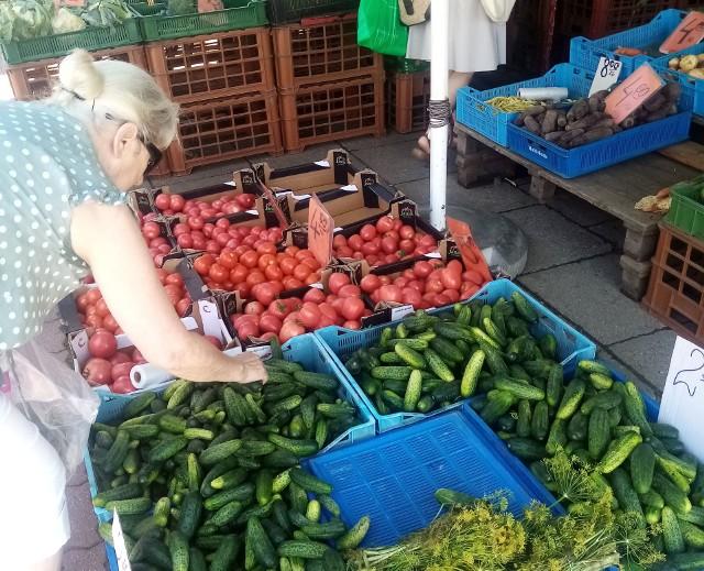 Poza nielicznymi wyjątkami, warzywa są drogie. Na kolejnych stronach znajdziesz dokładne informacje