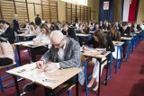 Znamy wyniki matur w woj. lubelskim. Ponad 3,7 tys. uczniów nie zdało. Poprawki w sierpniu