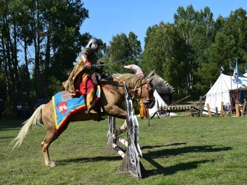 Rekonstrukcja bitwy pod Wiedniem uświetniła sobotnie zmagania. 20 husarzy stanęło naprzeciw janczarów i Turków konno. Wynik mógł być tylko jeden!