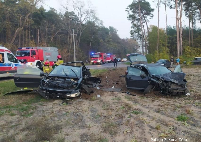Zderzyły się dwa samochody.