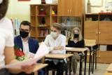 Powiat zgierski: Jak wygląda hybrydowa nauka w szkołach?