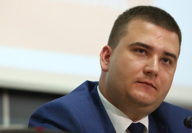 Misiewicz miał obiecywać dobrze płatną pracę powiatowym radnym PO