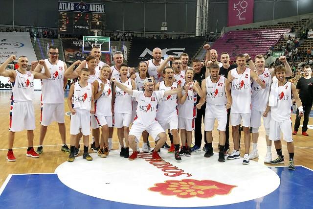 Mecz Gwiazd w Łodzi. Gortat Team - Wojsko Polskie 78:79