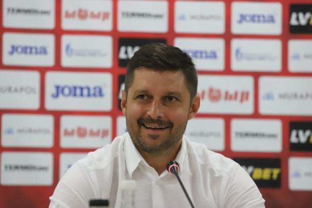 Trener Marcin Kaczmarek wreszcie mógł się uśmiechnąć. Awans jest nieco bliżej Widzewa