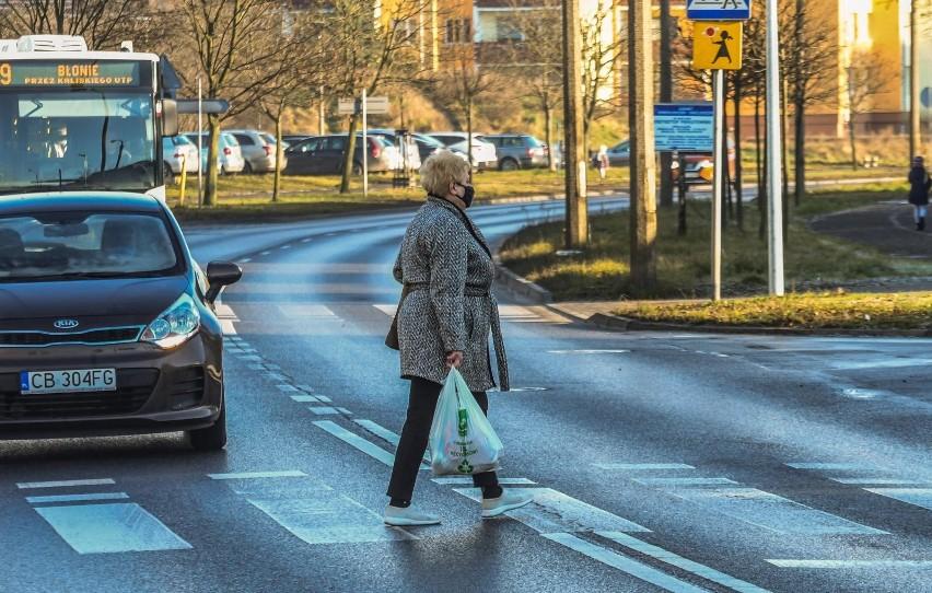Nowe przepisy dla kierowców i pieszych 2021. Niektórzy...