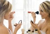 Perfekcyjny makijaż biznesowy - jak i czym go wykonać?