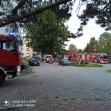 Pożar w DPS w Tursku wybuchł najprawdopodobniej przez... papierosa. Dwie osoby z personelu trafiły do szpitala