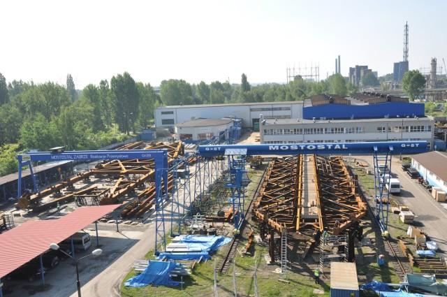 Pierwsze dwie wieże będą gotowe 1 sierpnia, a ostatnia z początkiem września.