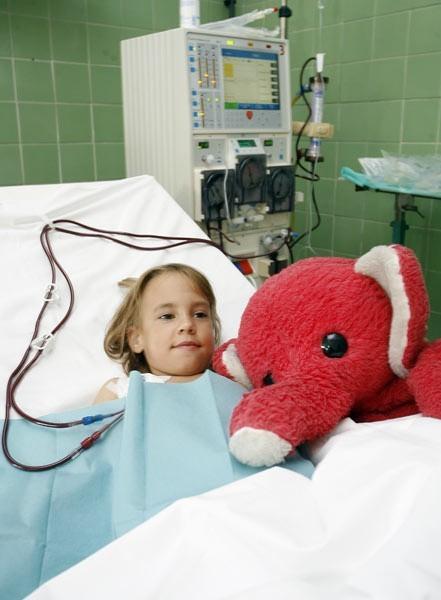 7-letnia Laura jest dializowana w Szpitalu Wojewódzkim nr 2 w Rzeszowie dwa razy w tygodniu.