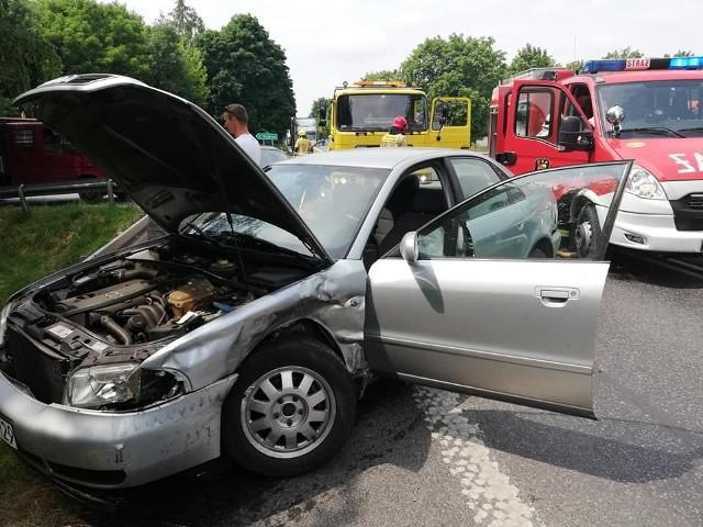 Wypadek na DK5. Jedna osoba ranna trafiła do szpitala.