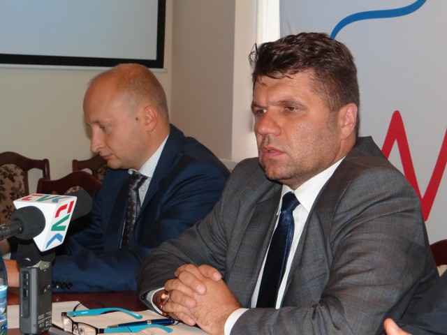 Urzędnicy powinni wytłumaczyć się ze swojej decyzji - mówi burmistrz  Paweł Okrasa