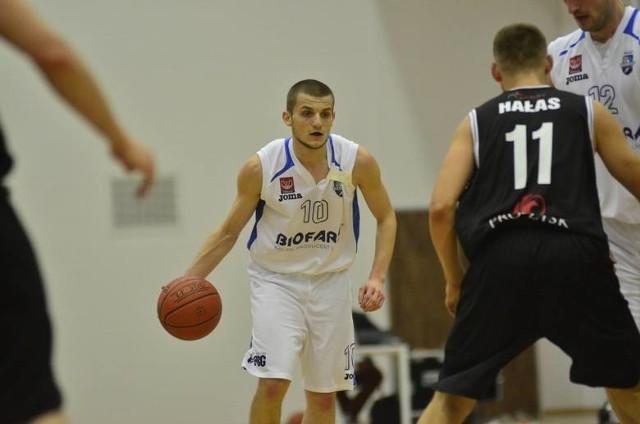 Piotr Wieloch zdobył dla Biofarmu Basket 15 punktów
