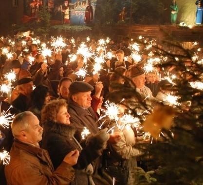 W drugim dniu świąt Bożego Narodzenia zaplanowano kolędowanie.