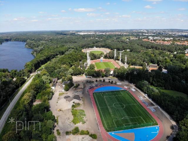 Zmodernizowany stadion na poznańskim Golęcinie czeka na zawodników.Przejdź do kolejnego zdjęcia --->
