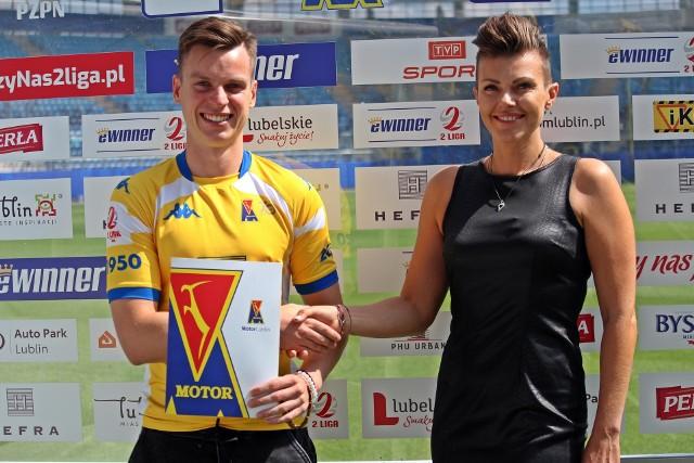 Na zdjęciu Adam Ryczkowski i prezes Marta Daniewska