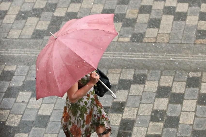 Prognozowane są opady deszczu od 20 mm do 30 mm.