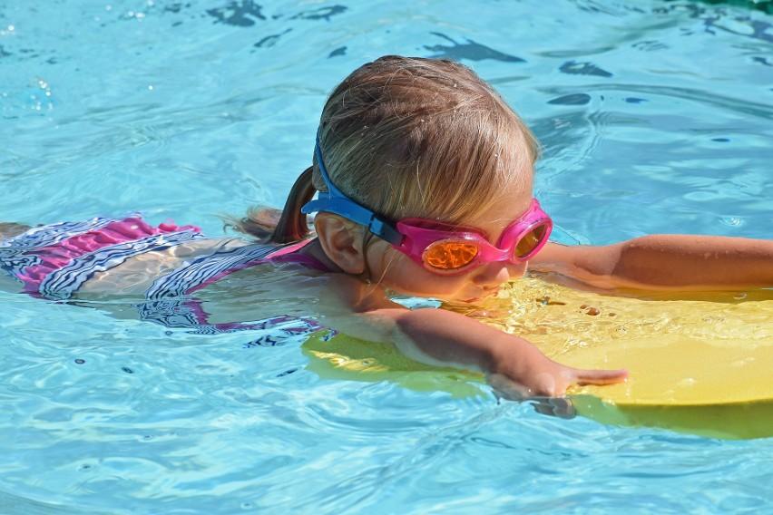 Otwarte kryte baseny...