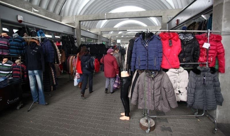 Na rynku największą popularnością wśród klientek cieszę się kurtki.