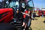 Kobiety coraz chętniej wsiadają na traktory [zdjęcia]