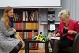 Aneta Oborny, dyrektor szydłowieckiego muzeum napisała książkę o polskich instrumentach muzycznych