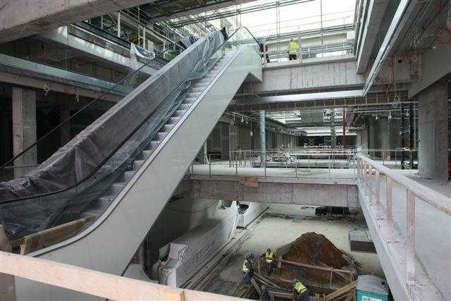 Oto wnętrza największego obiektu handlowego w województwie świętokrzyskim, jakim jest Galeria Echo