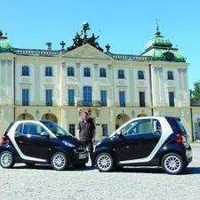 - Na razie mam tylko dwa auta, ale niedługo będzie więcej - zapewnia Piotr Dołżyński