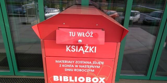 Do biblioboxu przed gmachem głównym biblioteki będzie można zwracać materiały biblioteczne jedynie do 15 marca br., zaś od 16 marca br. bibliobox zostanie wyłączony z użytku.