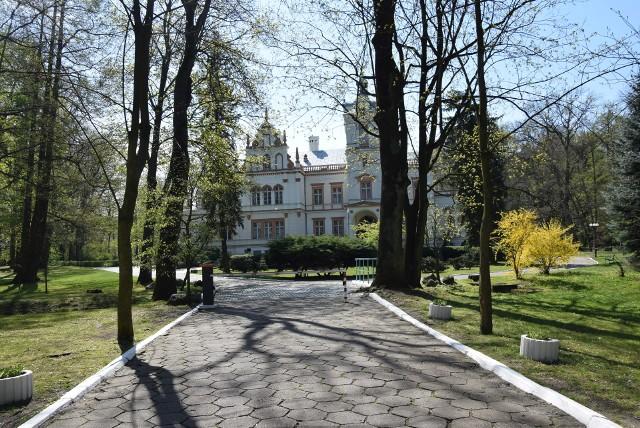 W Przytoku znajduje się piękny pałac.