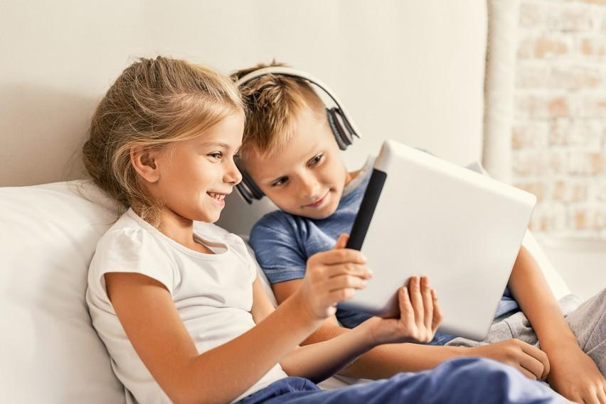 Telefon dla dziecka – jak sprawić, żeby stał się narzędziem nauki, rozwijania pasji i szukania inspiracji?