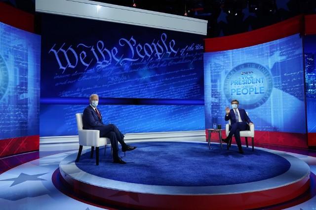 Prezydent Joe Biden podczas wywiadu dla telewizji CBA News z Georgem Stephanopoulosem