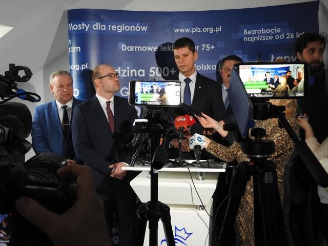 Artur Kosicki zmienia zdanie. Rezygnacja ze stanowiska marszałka województwa została wycofana