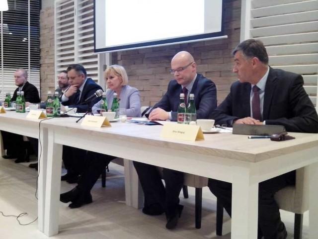 Debata wyborcza kandydatów na prezydenta Koszalina.