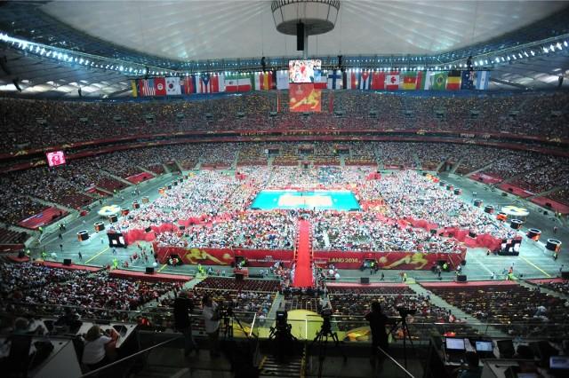 Trzy lata temu na Stadionie Narodowym odbył się mecz otwarcia siatkarskich mistrzostw świata. Rywalem również była Serbia