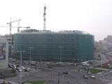 Wrocław: Biurowiec Dominikański na ukończeniu. Remontują też zabytkowy pałac (ZDJĘCIA)