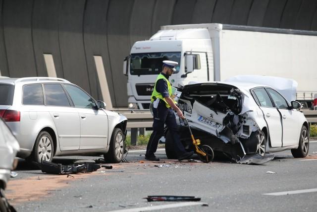 Wypadek na AOW. Zdjęcie ilustracyjne