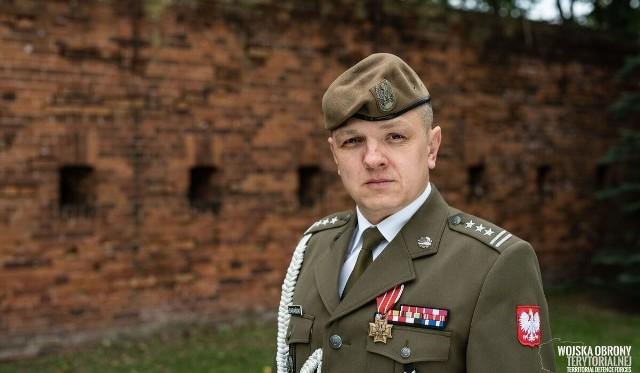 Dowódca 16 Dolnośląskiej Brygady Wojsk Obrony Terytorialnej pułkownik Artur Barański