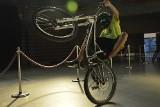 Rowery opanowały Halę Ludową. Trwa Dolnośląski Festiwal Rowerowy [ZDJĘCIA]
