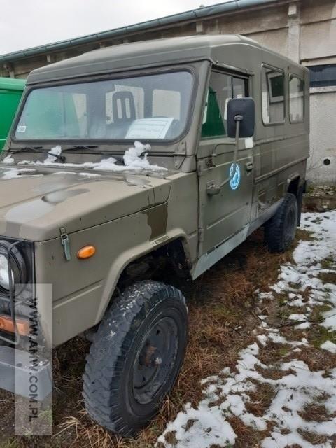 Samochód ciężarowo – osobowy wysokiej mobilności HONKER 2324...