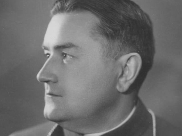 Ks. Edmund Nowicki żył w latach 1900-1971. Choć to on rozwinął w Gorzowie struktury kościelne, dziś nie wspomina go żadna tablica czy nazwa ulicy