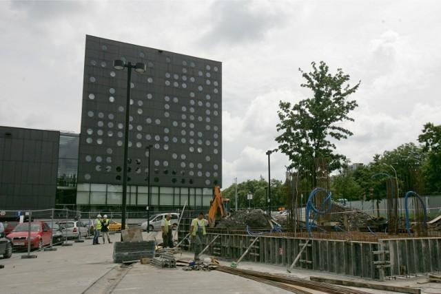 Gimnazjum i liceum Politechniki Wrocławskiej będą mieścić się w tzw. serowcu (budynek C-13)