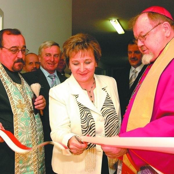 Ostatnie cięcie należało do Bożeny Grotowicz, dyrektor bielskiego szpitala. W czwartek oficjalnie otwarto wyremontowany oddział dziecięcy