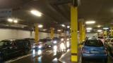 Tłumy w centrach handlowych, korki przed wjazdami na parkingi. To szaleństwo wyprzedaży poświątecznych [ZDJĘCIA]