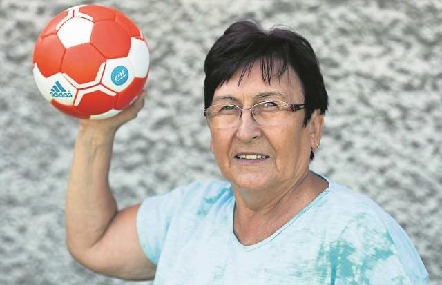 Lidia Walczyk: - Pracując z młodzieżą, starałam się przekazać im wiedzę i umiejętności z zakresu piłki ręcznej