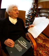 Pani Alina za wiersz siedziała w komunistycznym więzieniu. Teraz nie może dostać darmowych leków