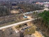 Rail Baltica. Budowa trwa. W Szepietowie wiadukty i tunel zastąpią przejazdy i przejście przez tory (zdjęcia)