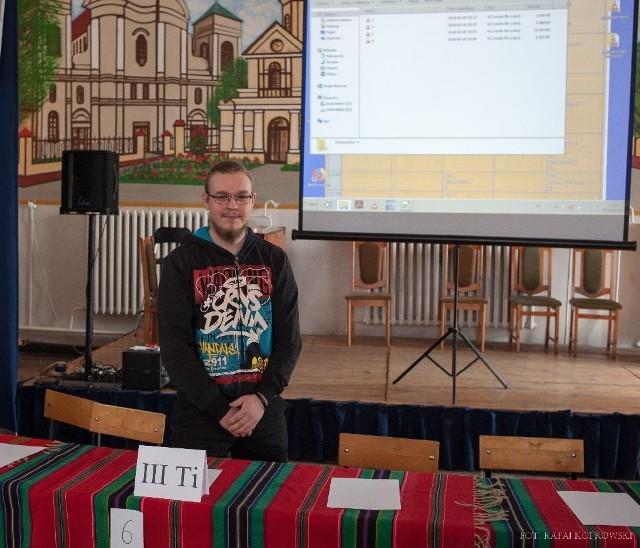 Karol Podlewski z III klasy technikum informatycznego w Zespole Szkół Ponadgimnazjalnych nr 1 w Łowiczu w konkursie ekologicznym zdobył tytuł Omnibusa 2018