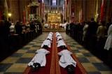 Coraz mniej księży w archidiecezji poznańskiej. Mniejsze parafie będą łączone w jedną większą