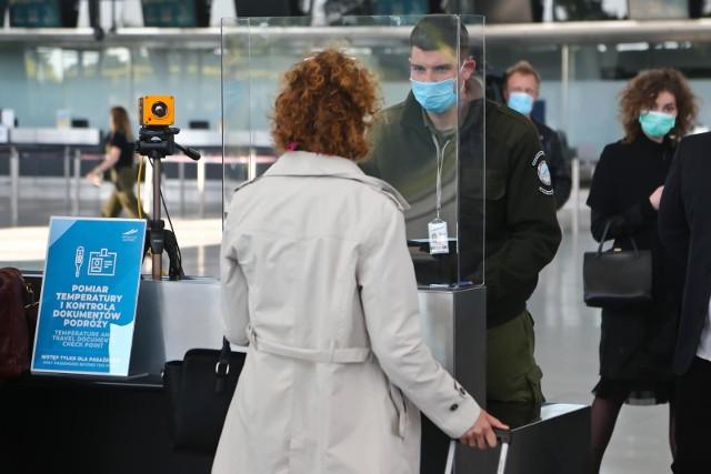 Zgodnie z ustawą, wnioski o zwrot środków wydatkowanych na odwołane wycieczki i wczasy można składać do 31 grudnia tego roku.