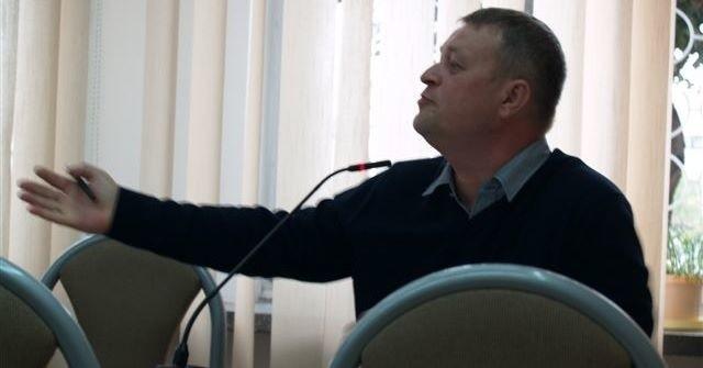 Radny Marek Złotkowski zarzucał burmistrzowi niegospodarność